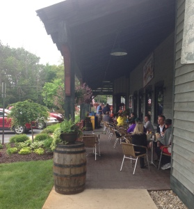 Outdoor seating at Bud's